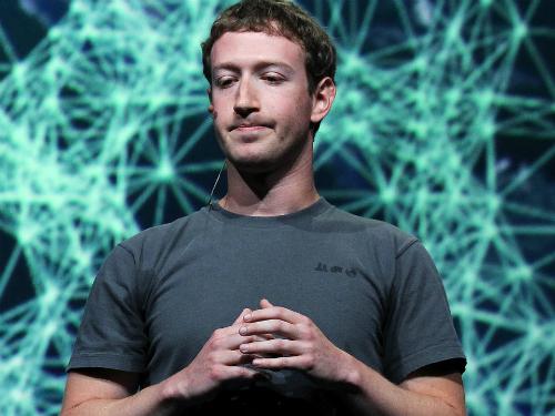 Giám đốc điều hành Facebook Mark Zuckerberg có thể không muốn bạn làm một trong hai điều nói trên.