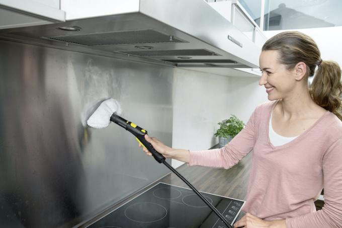 SC 2 5 Kitchen stove top app 3 2036 6319 1574907312 - Ứng dụng công nghệ hơi nước để làm sạch nhà ở - Ứng dụng công nghệ hơi nước để làm sạch nhà ở - Ứng dụng công nghệ hơi nước để làm sạch nhà ở