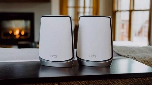 Một bộ Mesh Wi-Fi được chứng nhận đạt chuẩn Wi-Fi 6 của Netgear có giá hơn 10 triệu đồng. Ảnh: Tech Spot.