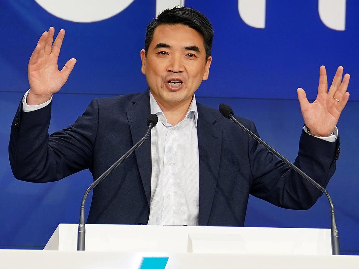 Ông Eric Yuan, CEO Zoom. Ảnh: Reuters.