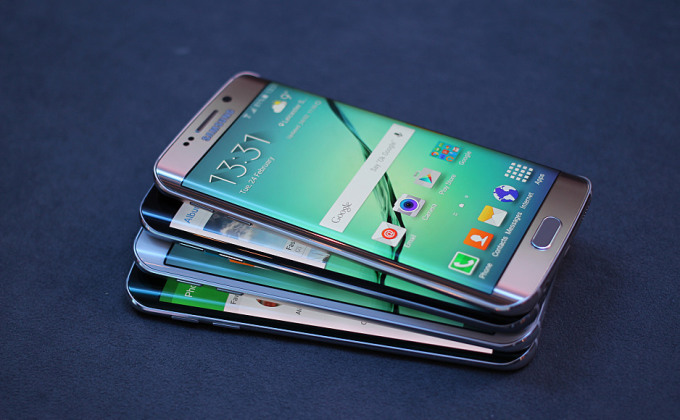 Older Samsung smartphones may have their data stolen