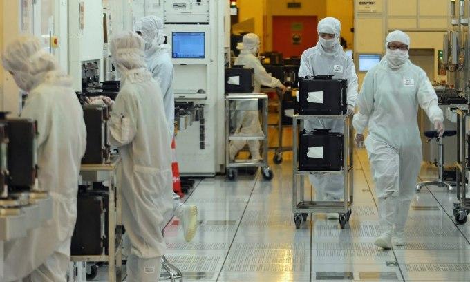 Nhà máy sản xuất chip bán dẫn của SMIC tại Bắc Kinh. Ảnh: Nikkei.