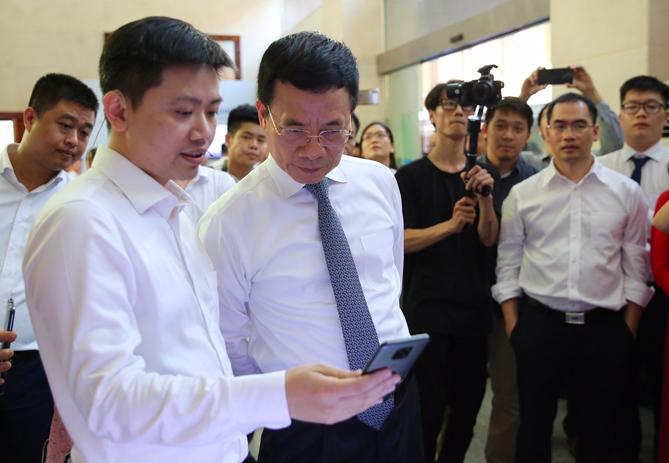 Smartphone Việt Nam đầu tiên có kết nối 5G
