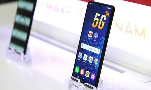 Mẫu smartphone 5G đầu tiên của Việt Nam.