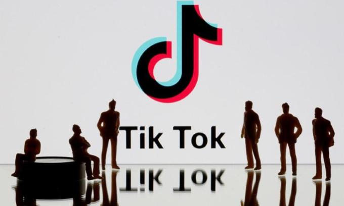 Nhiều người dùng Mỹ lo ngại TikTok bị đóng cửa. Ảnh: Reuters.