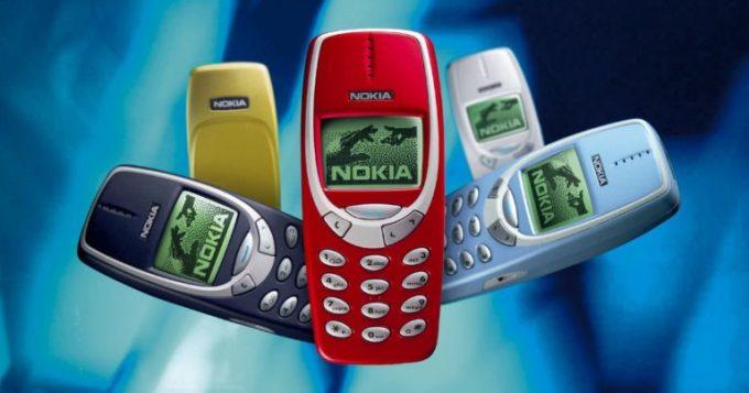 Nokia 3310 có nhiều màu sắc và có thể thay thế. Ảnh: Androidauthority.