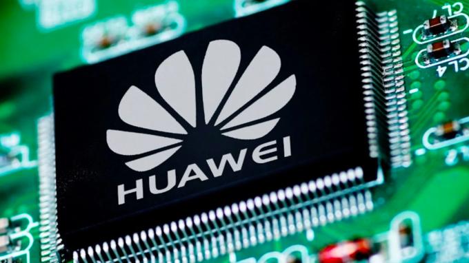 Huawei đang tiếp tục gặp khó khi không thể mua được chip nhớ và RAM. Ảnh: GizChina.