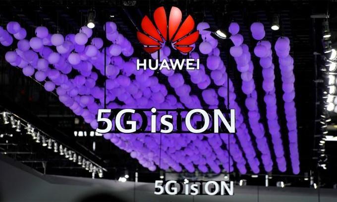 Lệnh cấm Huawei được cho là sẽ cản trở sự phát triển của ngành bán dẫn cũng như tốc độ triển khai 5G của Mỹ. Ảnh: Reuters.