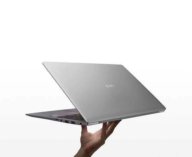Laptop LG gram 17 thiết kế mỏng nhẹ cấu hình mạnh