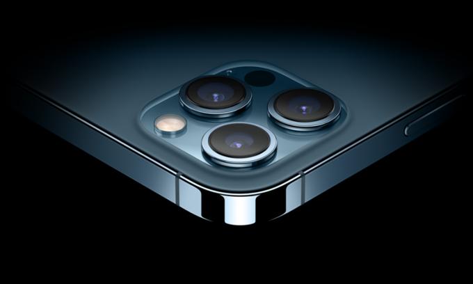 iPhone 12 Pro Max nhận số đơn đặt trước cao nhất trong bộ bốn iPhone 12 tại Việt Nam.