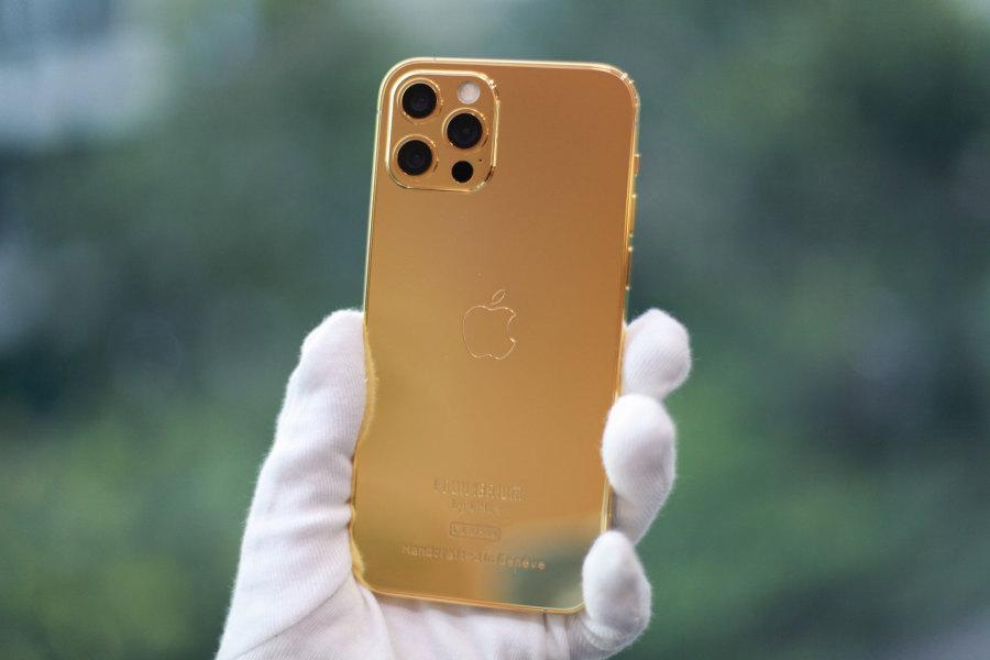 iPhone 12 Pro mạ vàng, giá hơn trăm triệu đồng