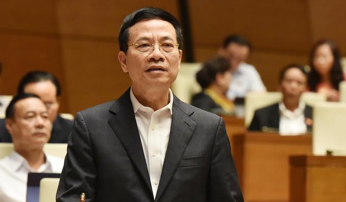 Bộ trưởng Thông tin và Truyền thông Nguyễn Mạnh Hùng. Ảnh: Hoàng Phong