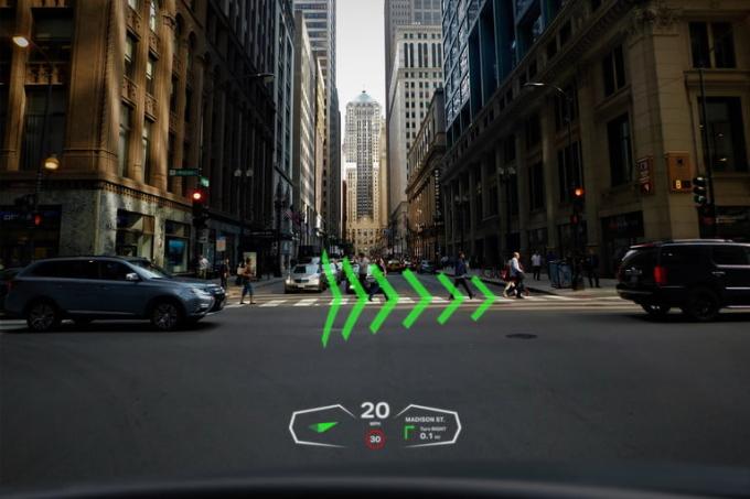 Các thông tin liên quan tới hành trình liên tục được hiển thị không khác gì game đua xe. Ảnh: Envisics.