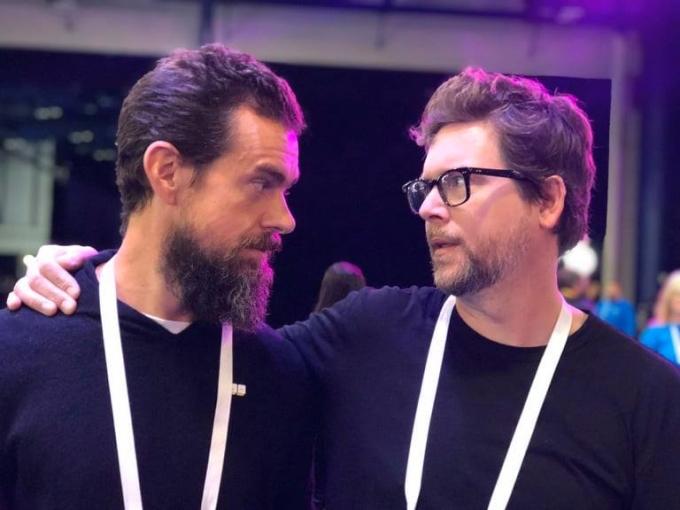 CEO Jack Dorsey (trái) và nhà đồng sáng lập Twitter Biz Stone (phải). Ảnh: Twitter.