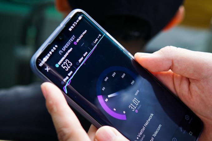 Tốc độ mạng đo được trong một thử nghiệm tại Hà Nội ngày 30/11. Ảnh: Lưu Quý