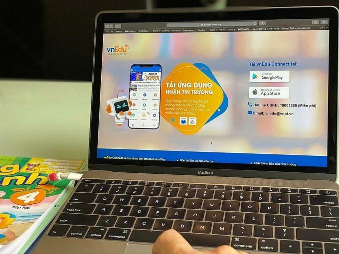 Hệ sinh thái giáo dục thông minh vnEdu 4.0 được tích hợp trên đa nền tảng, giúp học sinh, phụ huynh, giáo viên dễ dàng sử dụng mọi lúc, mọi nơi.