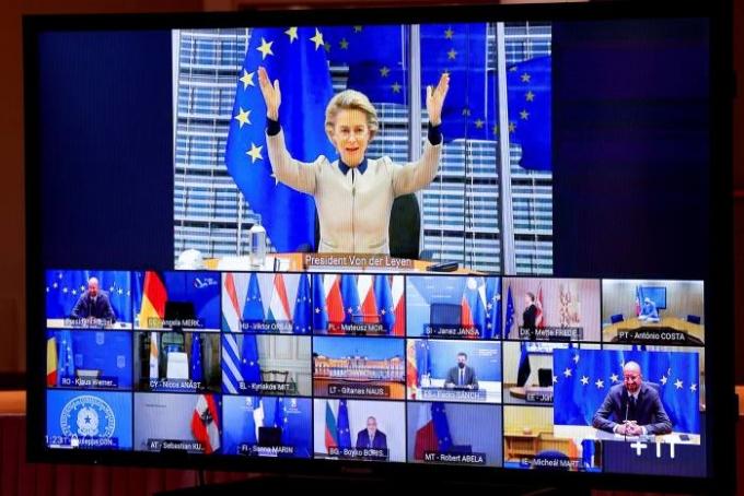 Họp trực tuyến trở thành loại hình không thể tránh khỏi, ngay cả đối với hội nghị thượng đỉnh EU. Ảnh: AFP.