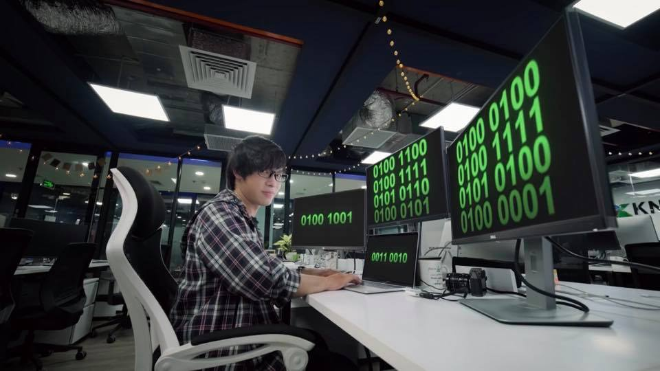 Kỹ sư Việt dùng AI viết 10 bài hát trong một giây