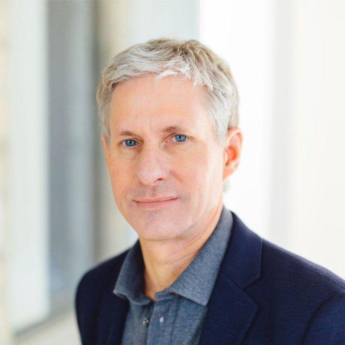 Chris Larsen. Ảnh: Forbes.