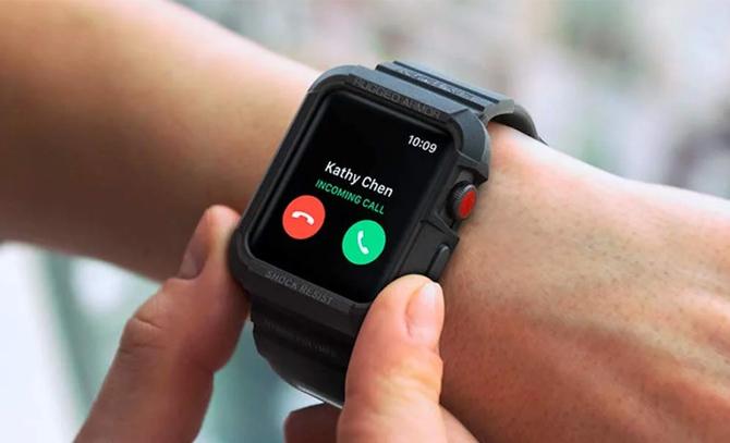 Người dùng Apple Watch hiện chỉ có thể mua thêm các bộ vỏ để chống va đập. Ảnh: Gadget Flow