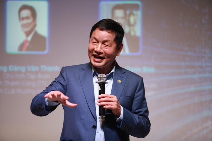 Ông Trương Gia Bình, Chủ tịch tập đoàn FPT chia sẻ trong Hội thảo Sứ mệnh chuyển đổi số hôm 28/4.