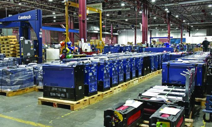 Các hệ thống pin nhiên liệu trong nhà máy của Power Plug. Ảnh: Power Plug.