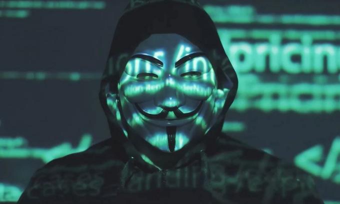 Nhân vật đại diện Anonymous trong video cảnh cáo Elon Musk. Ảnh: Youtube/Anonymous.