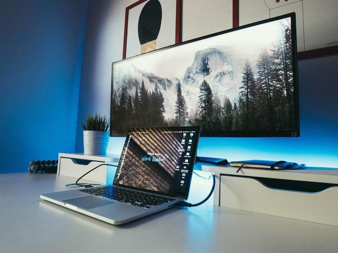 Loạt phụ kiện laptop hỗ trợ làm việc tại nhà - 2