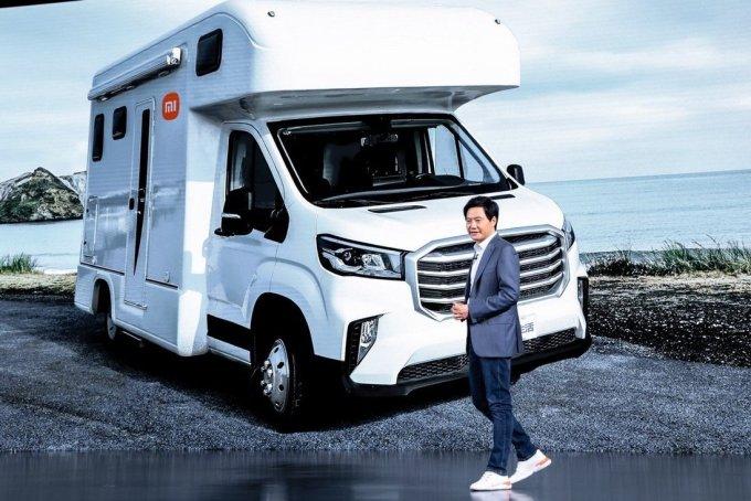 CEO Xiaomi Lei Jun trong một sự kiện ôtô hồi tháng 3/2021. Ảnh: EPA-EFE