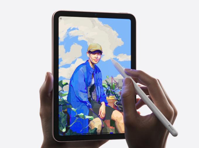 iPad mini 6.