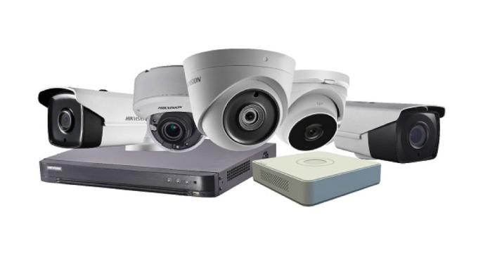 Camera giám sát vốn là thiết bị quen thuộc được sử dụng tại các gia đình, tổ chức