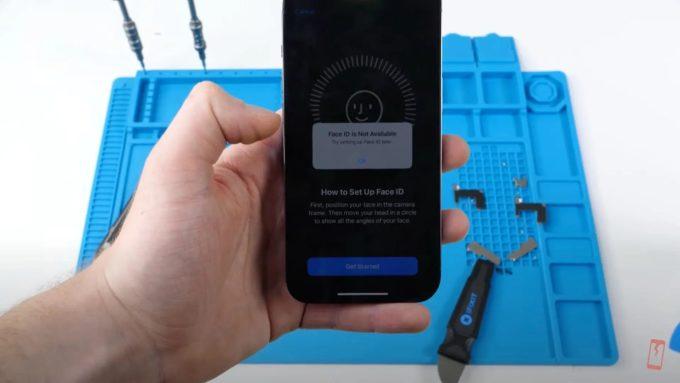 Face ID trên iPhone 13 không hoạt động sau khi thay màn hình.