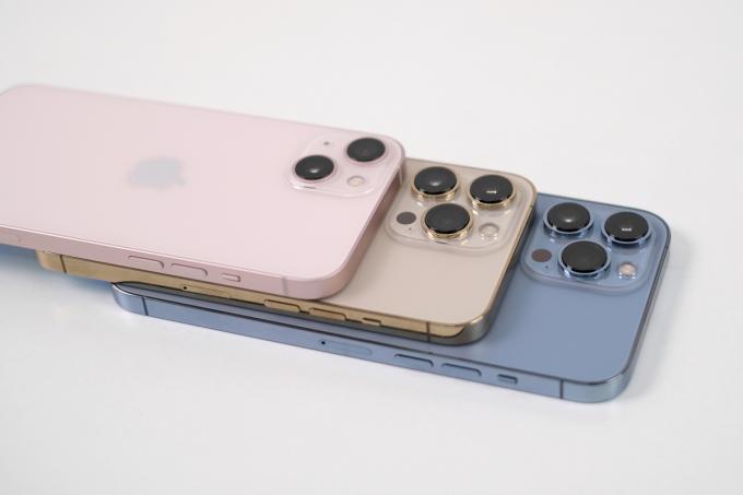 Năng lực sản xuất linh kiện iPhone 13 tại Việt Nam tăng từ tháng 10