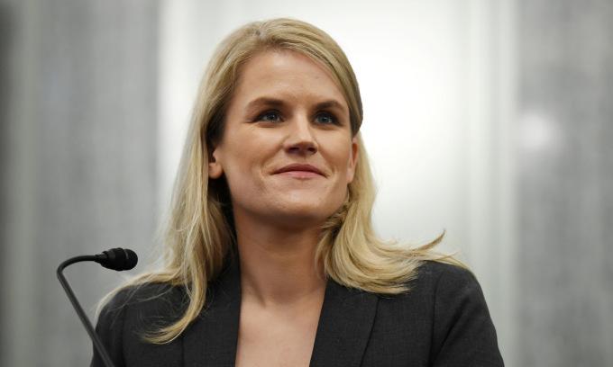 Frances Haugen trong cuộc điều trần trước Thượng viện Mỹ ngày 5/10. Ảnh: Reuters.